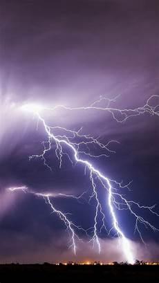 lightning storm bad weather 750x1334 iphone 8 7 6