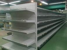 scaffali per negozi usati arredamento negozio usato trattamento marmo cucina