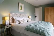 hausfarben trend 2018 moderne schlafzimmer farben 2019 neueste trends und 20 sch 246 ne ideen farben ideen moderne