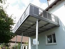 balkon anbauen ohne stützen kosten balkon balkongestaltung