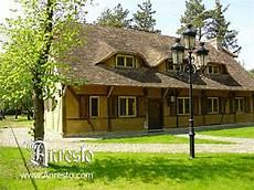 antieke kasteel woning te koop vakwerk bouwstijl antieke hoeve herbouwd door ontwerpbureau