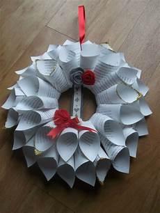 Weihnachtsdeko Basteln Aus Papier - t 252 rkranz zu weihnachten basteln 30 ideen und anleitungen