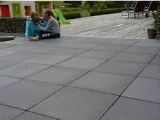 dalle terrasse beton dalle beton terrasse jardin allee garage kwadrato