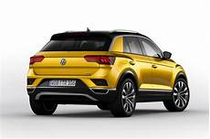 New Volkswagen T Roc Suv Revealed Pictures Auto Express