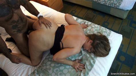 Cuckold Wife Hotel