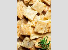 Keto Salty Crispy Snacks,5 Keto Parmesan Crisps Recipes for Your Snack Cravings,Crunchy snacks for keto diet|2020-05-11