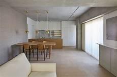 soffitto travi casa con travi a vista e soffitto in cemento arc