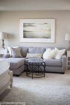 the 8 best light neutral paint colours for home staging selling beige living rooms paint