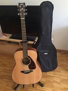 Fg Yamaha Acoustic Guitar Yamaha Electric Bass 8050