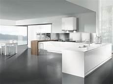 cucine angolare cucina angolare con penisola colonne e pensili bianchi e