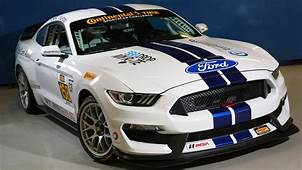 2016 Ford Shelby GT350R C Mustang Race Car  Top Speed