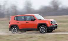 Jeep Renegade Probleme - 2015 jeep renegade trailhawk review car and driver