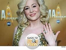 see kellie pickler s engagement ring toofab com