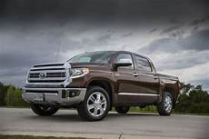 the 2015 toyota tundra ready to work with a up