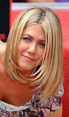 2020 popular jennifer aniston bob hairstyles
