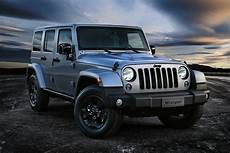 jeep releases wrangler black edition ii adds new engine for renegade in europe carscoops
