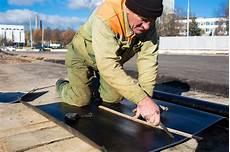dachpappe und dachpappe schneiden so funktioniert es