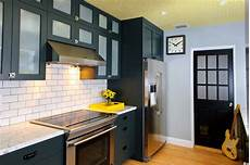 20 best paint colors for kitchens 2018 interior decorating colors interior decorating colors