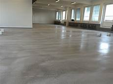 Estrich Als Bodenbelag - what is the difference between concrete and screed