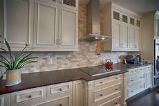 Kitchens With Backsplash