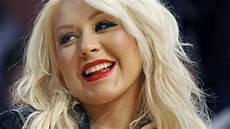 Aguilera 37 Popstar Postet Pralles Oben Ohne