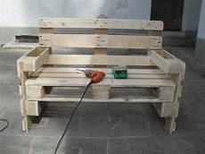 Holz Beton Bank Pallets Pallet Furniture And Pallet Bench