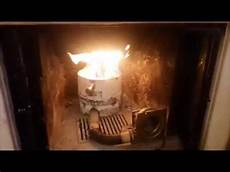 trasformare il camino in termocamino cesto brucia pellet termocamino fai da te