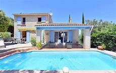 Garage La Seyne Sur Mer Une Villa Traditionnelle T4 Avec Piscine Et Garage A