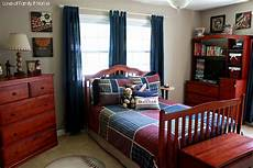 Boys Bedroom Bedroom Ideas For Guys With Small Rooms by Inspiration For S Baseball Bedroom Of Family
