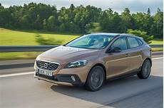 fiche technique volvo v40 fiche technique volvo v40 cross country d4 2016