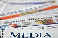 jenis jenis media massa berdasarkan bentuknya studi