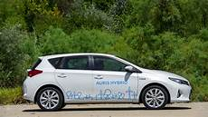 Toyota Auris Hybrid Review Autoevolution