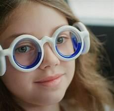 hilft gegen reisekrankheit seetroen brille welt