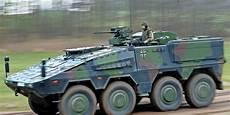 Anschl 228 Ge Auf Bundeswehr Fahrzeuge Bef 252 Rchtet
