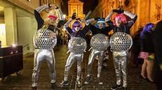 Gruppe Kostüme Selber Machen - discokugel kost 252 m selber machen costumes