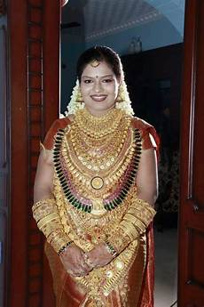 balu ralya kerala traditional hindu yes that s 24 carat gold traditional kerala wedding