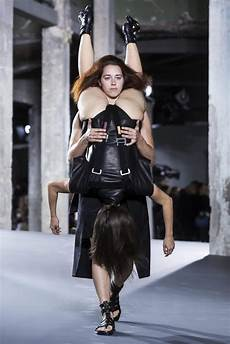 fashion designer rick owens latest craze wearing