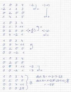 wie berechnet diese determinante dieser 4x4 matrix