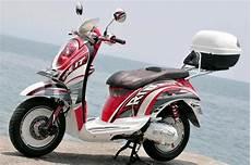 Modifikasi Scoopy 2011 by Modif Motor Yamaha 2011 Modifikasi Honda Scoopy Dengan