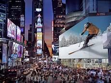 le plus grand ecran tv du monde new york et le plus grand 233 cran du monde 224 times square