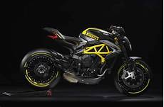 Mv Agusta Presents Dragster 800 Rr Pirelli Bikesrepublic