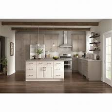 lowes diamond now wintucket stock kitchen cabinets