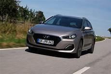 Audi A4 Avant Im Preisvergleich Mit Hyundai I30 Kombi