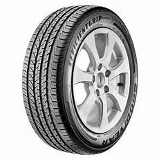 pneus 225 50 r17 pneu goodyear efficientgrip performance 225 50 r17 94v pneus para carro no pontofrio