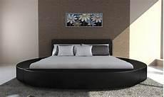 chambre a coucher avec lit rond lit rond en cuir noir 180 cm 2 personnes avec matelas
