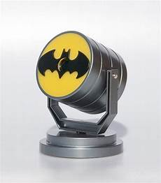 batman dc bat signal projector light