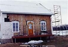 subvention pour rénover une maison r 233 nover une maison de bois centenaire avec des mat 233 riaux