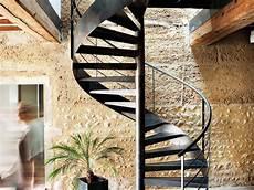 Escalier En Colima 231 On Caract 233 Ristiques Et Prix Ooreka
