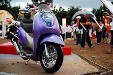 Honda Scoopy Modifikasi by Modifikasi Motor Matic Honda Scoopy Modifikasi Chrome