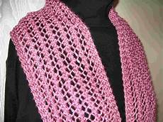 Einfaches Lochmuster Stricken - knitted lace scarf four patterns in one easy to knit one row